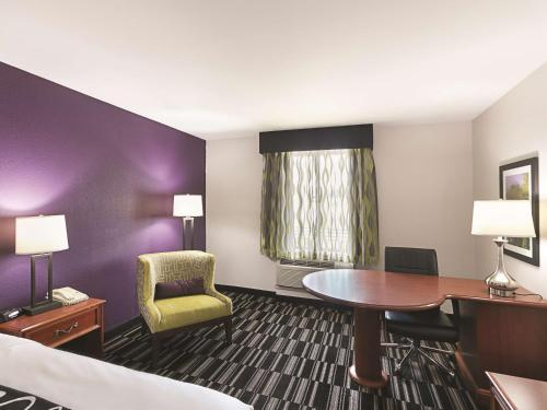 La Quinta Inn Richmond - Richmond, KY 40475