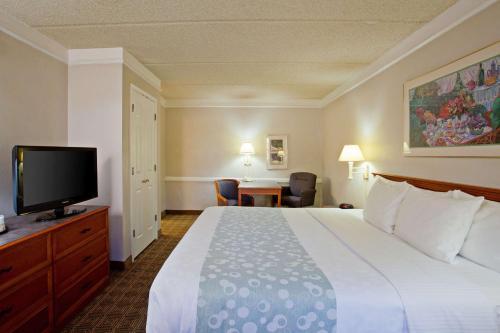 La Quinta Inn San Bernardino Photo