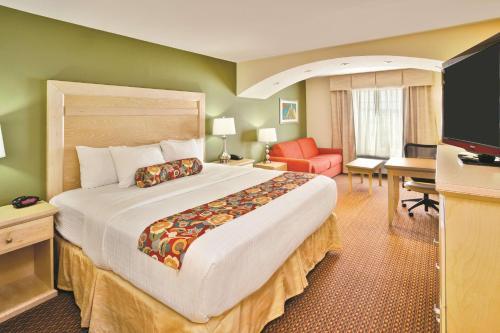 La Quinta Inn & Suites Rochester - Rochester, MN 55904