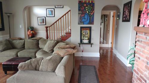 371 Milton Manor - Nanaimo, BC V9R 2K8