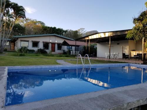 HotelHotel Monte Campana Escazu