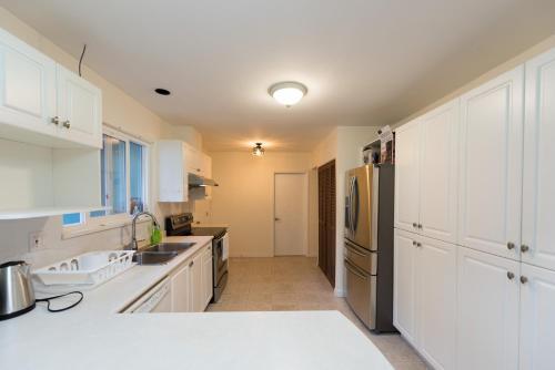 Sorenson House - Richmond, BC V6X 2G8
