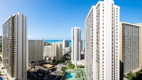 Hawaiian Sun Holidays Photo