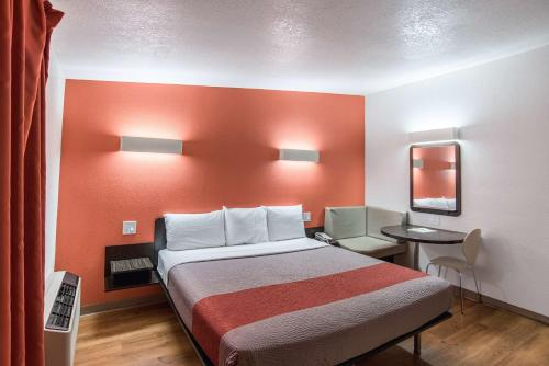 Motel 6 Tucson Airport Photo