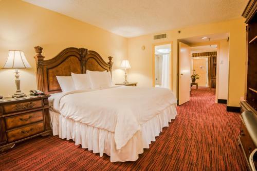 MCM Elegante Hotel and Suites – Dallas Photo