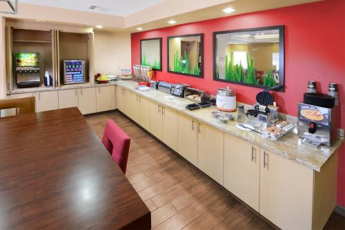 TownePlace Suites by Marriott Houston Westchase photo 30