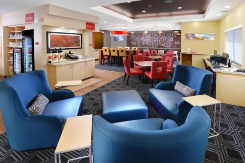 TownePlace Suites by Marriott Houston Westchase impression