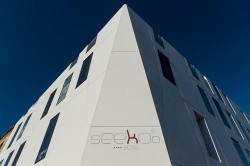 Seeko'o Hotel - 10 of 68
