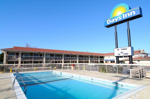 Days Inn Jacksonville NC Photo