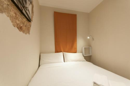 Charming Apartment in Barcelona Center photo 10