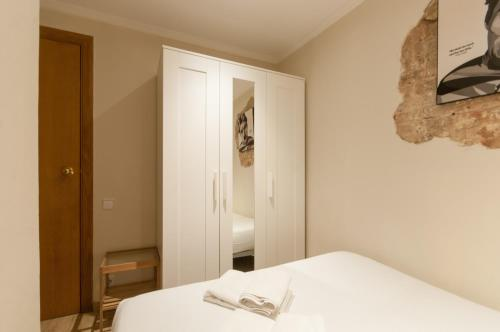 Charming Apartment in Barcelona Center photo 12
