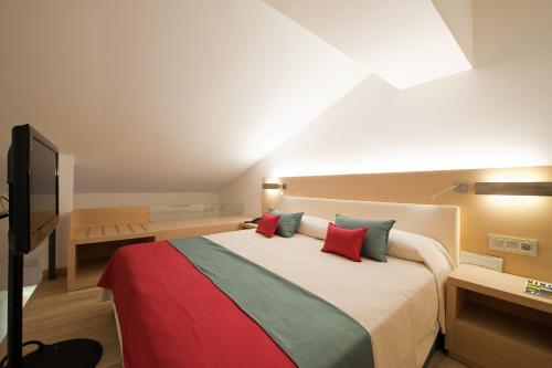 Vincci Selecci 243 N Posada Del Patio Hotel Review M 225 Laga