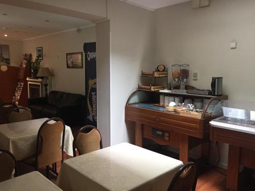 Hôtel De La Perdrix Rouge photo 17