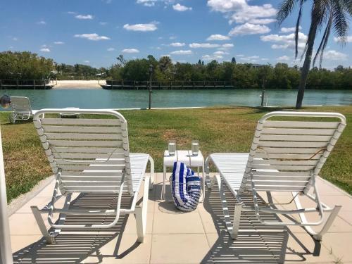 Gulf Shores Beach Resort Photo