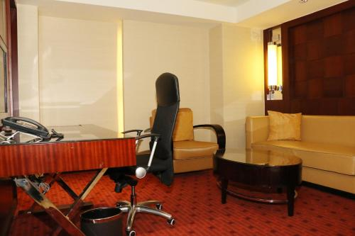 Beijing Pudi Hotel photo 23