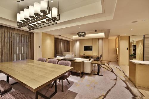 Hilton Suzhou photo 75