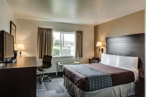 SureStay Plus Hotel by Best Western Post Falls Photo