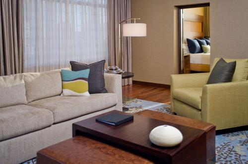 Grand Hyatt Denver photo 13
