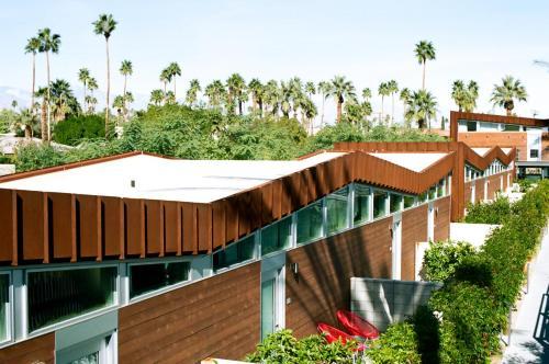ARRIVE Palm Springs Photo
