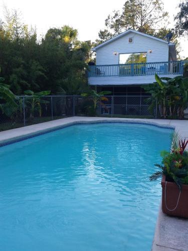 Neptune's Poolside Retreat - 2 Bedroom