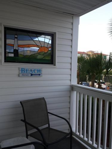 Turtles Nest - 2 Bedroom - Tybee Island, GA 31328