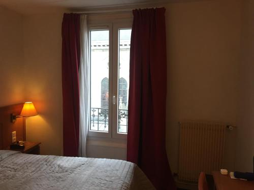 Hôtel De La Perdrix Rouge photo 27