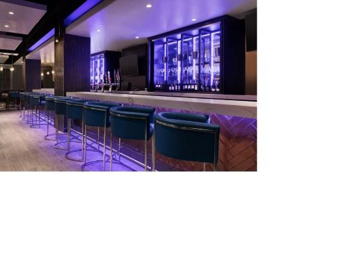 Embassy Suites By Hilton Toronto Airport photo 14