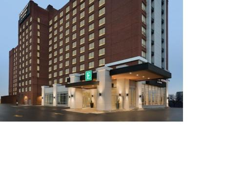 Embassy Suites By Hilton Toronto Airport photo 15