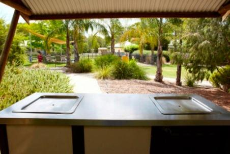 Winbi River Resort Hotel Moama In Australia