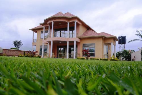 serene garden house - Garden House
