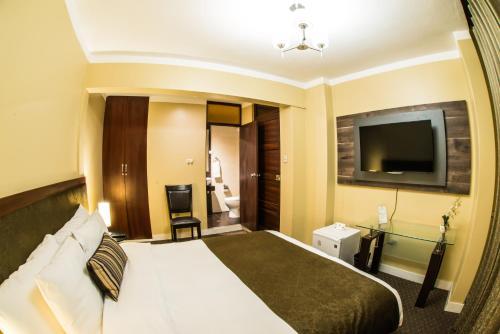 Los Leones Hotel Boutique Photo