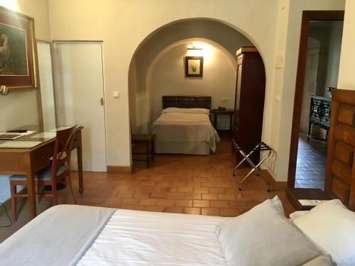 Habitación Doble Hotel Real Colegiata San Isidoro 9