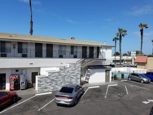 Big 7 Motel Photo