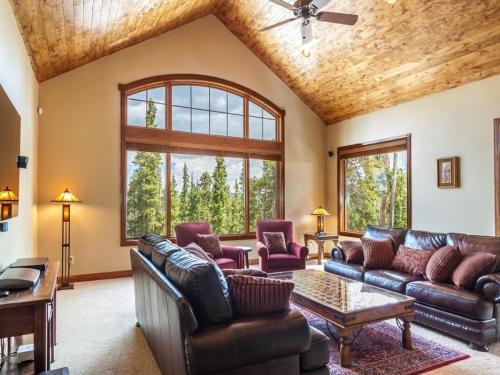 Granite Peaks Villa - Breckenridge, CO 80424