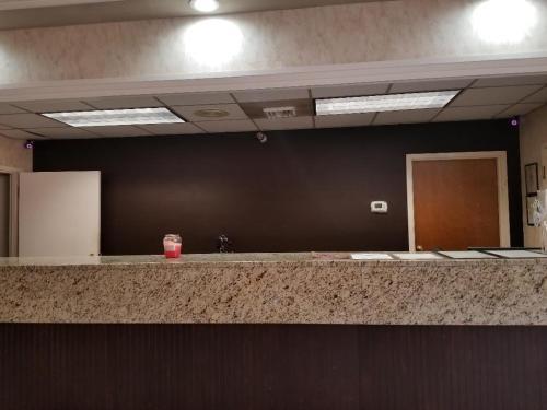 Executive Inn & Suites Ozark - Ozark, AL 36360