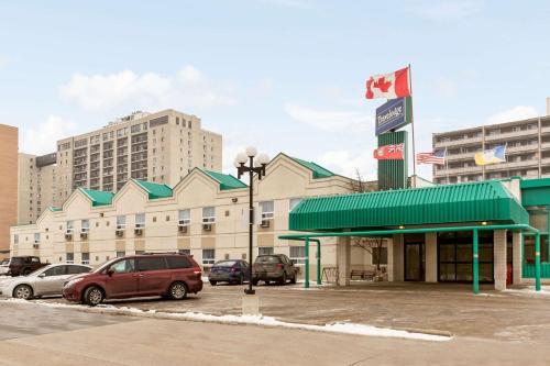 Travelodge Winnipeg East Photo