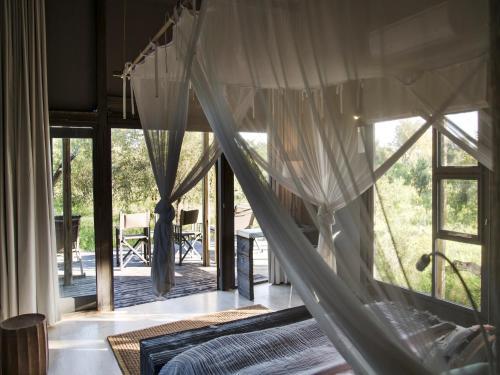 Simbavati River Lodge Photo