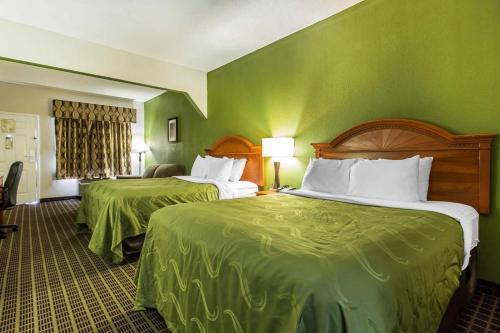 Quality Inn & Suites Orangeburg Photo
