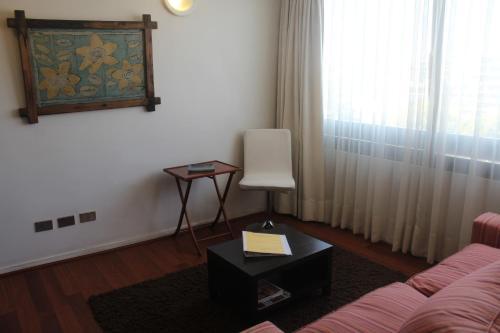 Apartamento Los Leones Photo