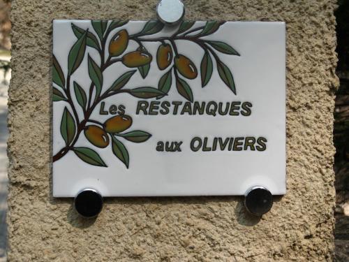 Les Restanques aux Oliviers