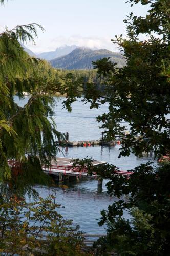 Himwitsa Lodge - Tofino, BC V0R 2Z0