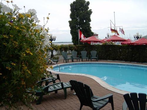 Confederation Place Hotel - Kingston, ON K7L 2Z4