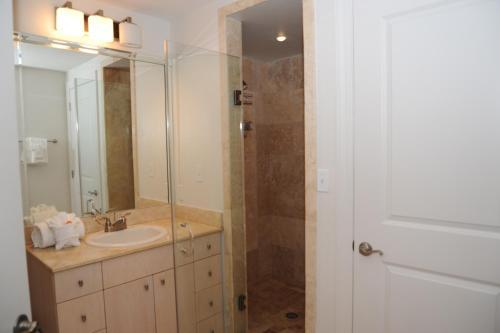 Sea Breeze 209 Deluxe - Two Bedroom Apartment - Biloxi, MS 39531