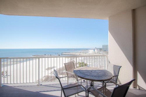 Sea Breeze 907 - Two Bedroom Apartment - Biloxi, MS 39531