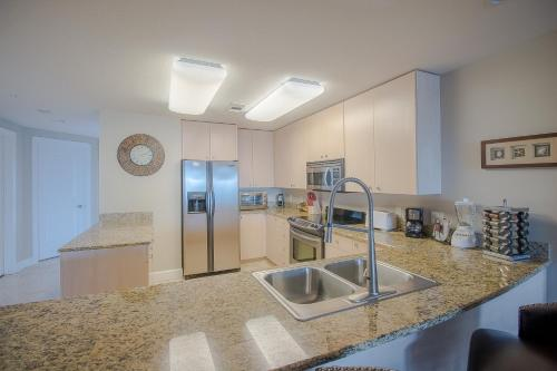 Sea Breeze 208 - Two Bedroom Apartment - Biloxi, MS 39531