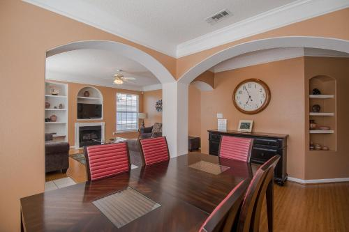 Legacy Villa 1702 - Two Bedroom Apartment - Gulfport, MS 39507
