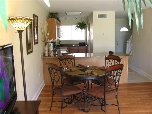 Oak Shores 66 - Two Bedroom Apartment - Biloxi, MS 39531