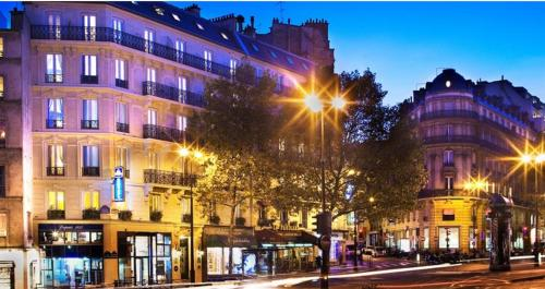 Hotel Plaza Elysées photo 2
