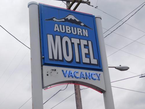 Auburn Motel