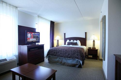 Staybridge Suites Indianapolis City Centre - Indianapolis, IN 46225